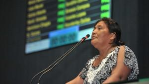 Maria das Dores em pronunciamento de abril de 2015 na Assembleia Legislativa do estado sobre ameaças que vinha sofrendo. Foto: Alberto César Araújo/Aleam