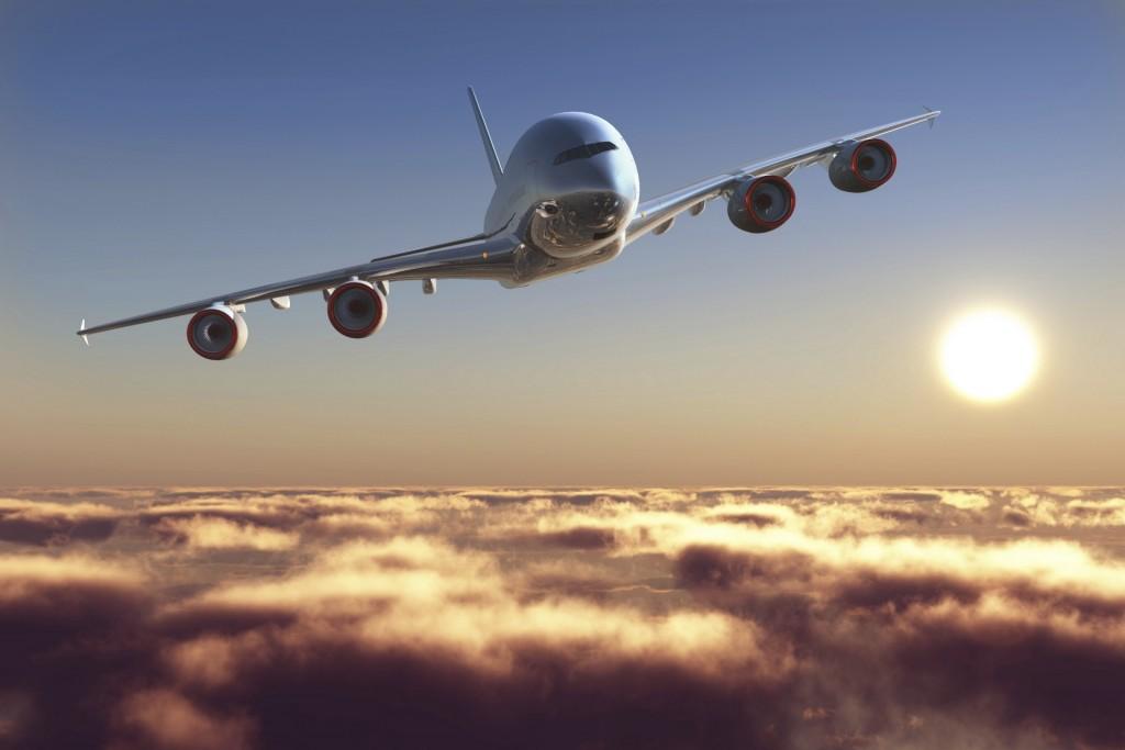 aviao-sobre-as-nuvens-viagem-de-aviao-1405107225198_1920x1280