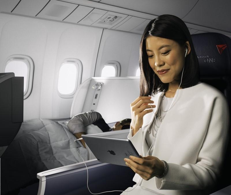 Conexão wi-fi está disponível em todos os voos internacionais da Delta (Imagem: Divulgação/Delta)