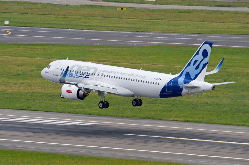 A320neo_CFM_engine_first_flight_landing