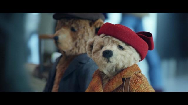 Casal de ursinhos de pelúcia estrela comercial do aeroporto de Heathrow (Foto: Divulgação)