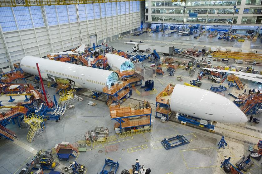 Primeiro 787-10 está na fase final de montagem nos Estados Unidos (Foto: Divulgação)