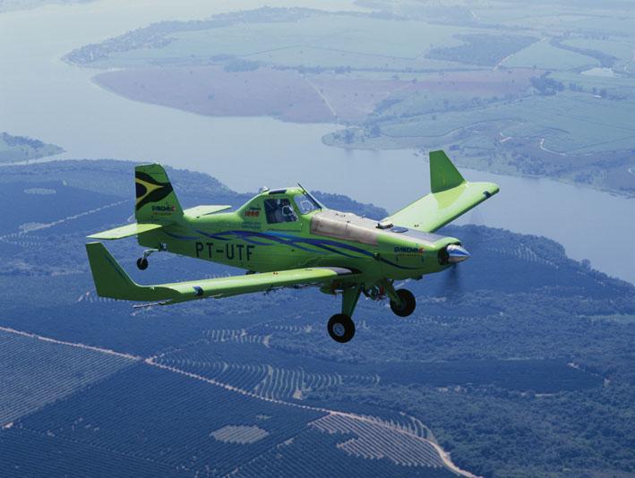 Avião agrícola Ipanema, produzido pela Embraer (Foto: Divulgação)