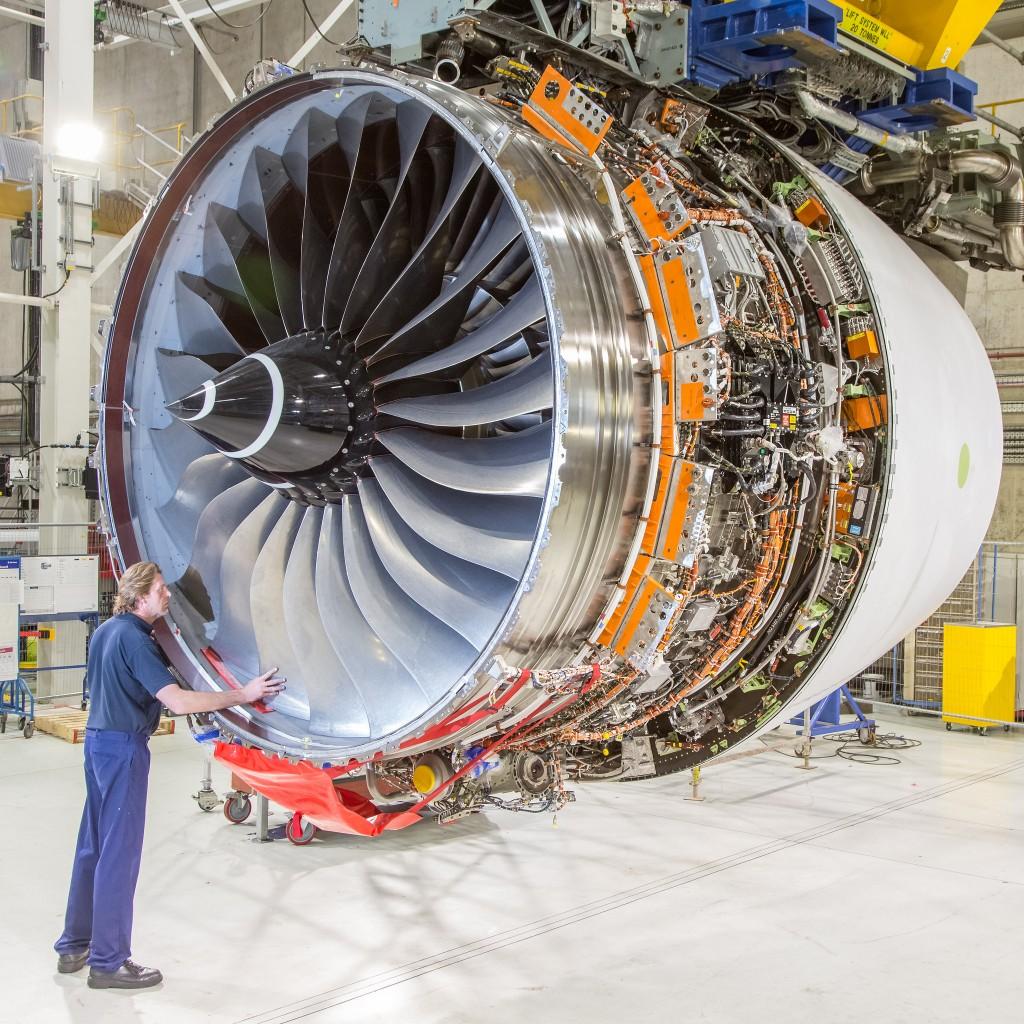 Motor na fábrica da Rolls-Royce; ventilador pode chegar a 3 metros (Foto: Divulgação)