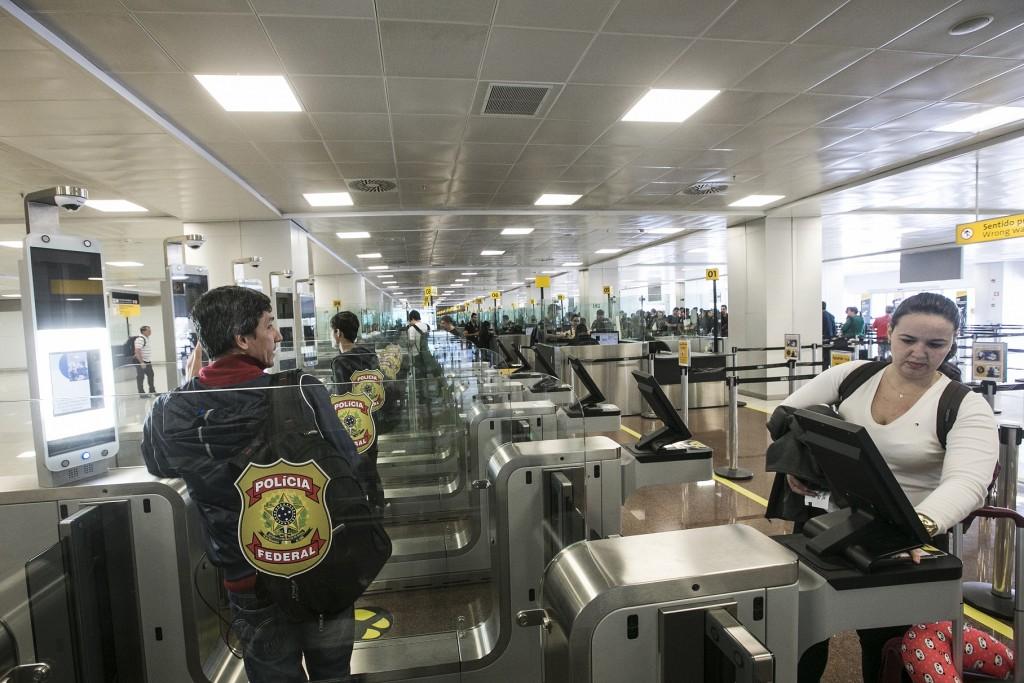 Área destina ao processo de imigração dos passageiros (Foto: Lucas Lima/UOL)