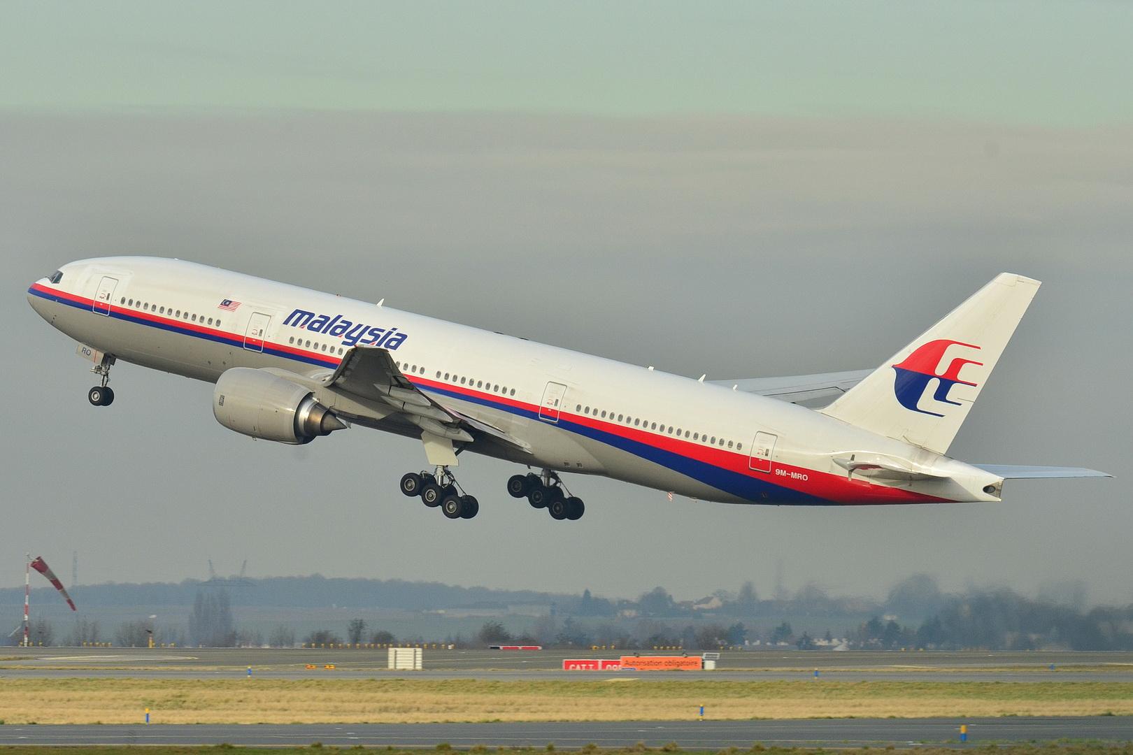 - 05 Boeing 777 200ER Malaysia AL MAS 9M MRO   MSN 28420 404 9272090094 - Veja o que as tragédias aéreas ensinaram para aumentar segurança dos aviões