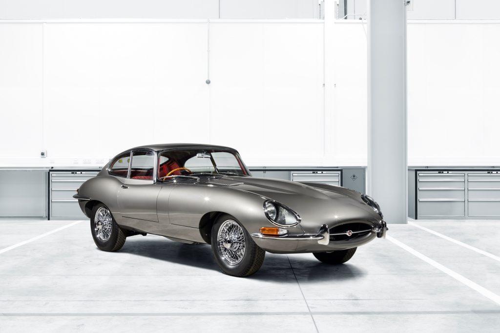07687a5070 Jaguar E-Type  é clássico