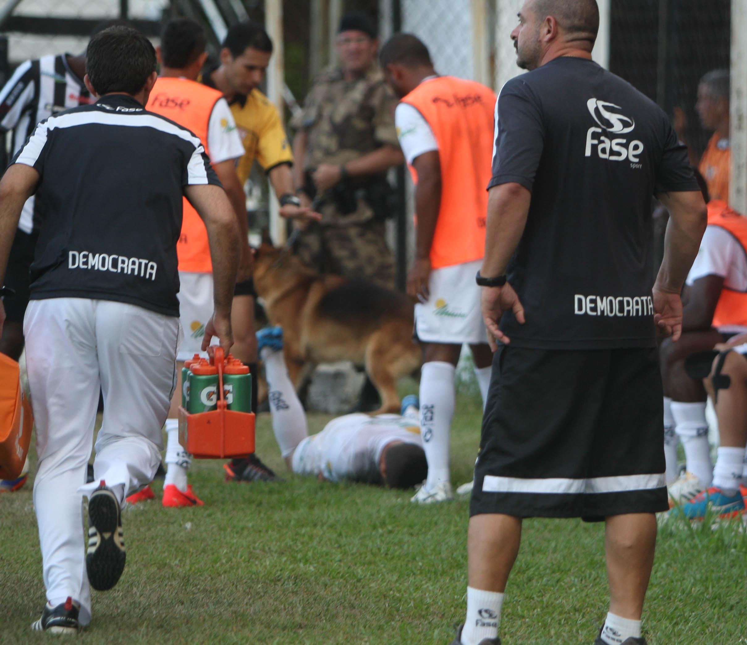 João Paulo levou mordidas no braço e na nádega Crédito: Leonardo Morais/ Estadão conteúdo