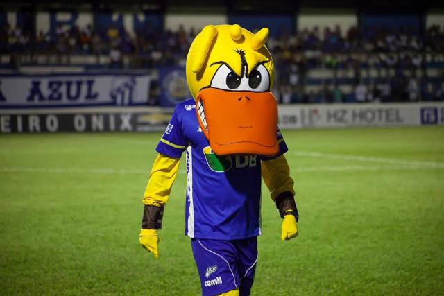 Pato Loko é o mascote do URT Crédito: Site do URT