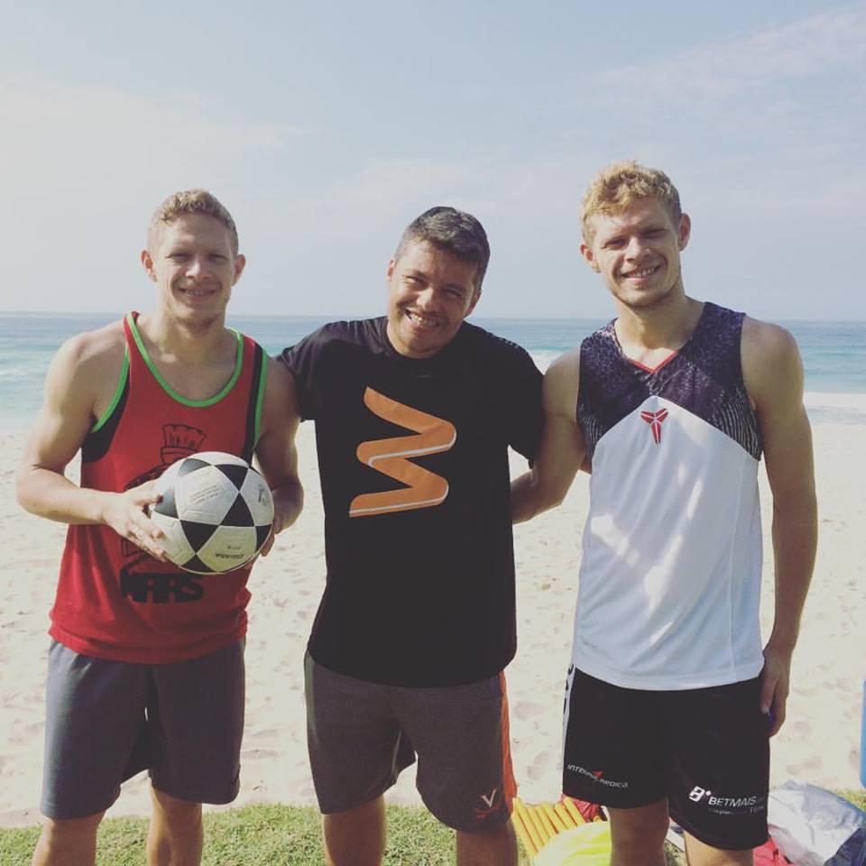 Marlone e Marlon depois de treino com Vagner Reis