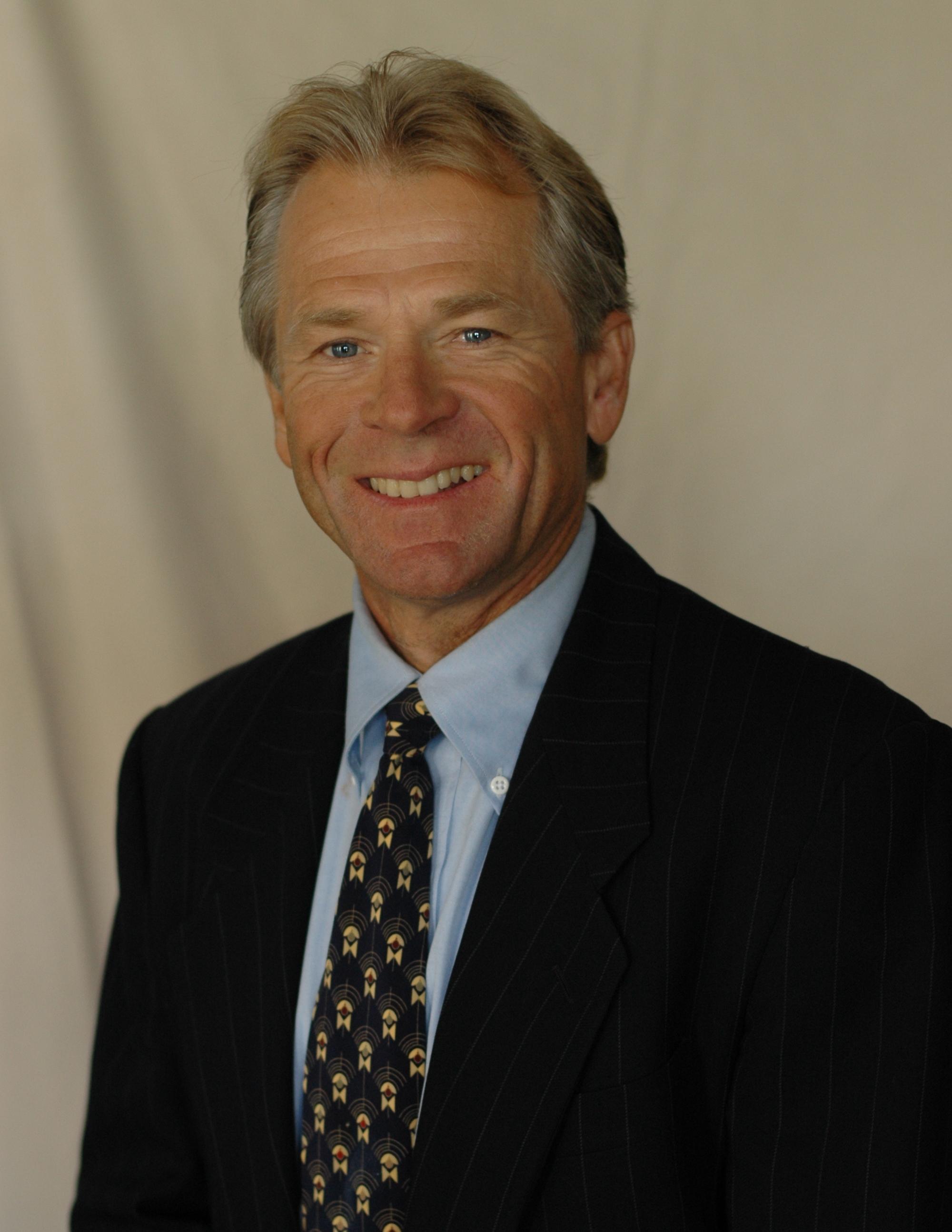 o professor Peter Navarro, da Universidade da Califórnia em Irvine