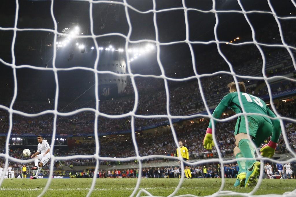 Cristiano Ronaldo marca e garante titulo do Real da Champions esse ano. Essa deve ter sido a última Champions da Band (Crédito: Stefan Wermuth Livepic/Reuters)