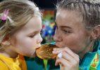 Australiana descobre que ganhou ouro na Rio-2016 grávida. E segue na ativa