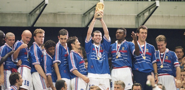 8f0b808850 Por onde andam os jogadores da França que calou o Brasil na Copa de ...
