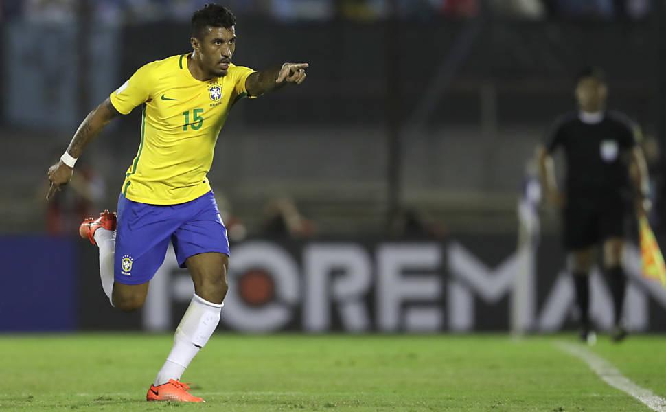 O bom momento na seleção brasileira reabriu o mercado dos grandes clubes  europeus para Paulinho. O jogador do Guangzhou Evergrande chegou a ter um  namorinho ... 47f54a58178fa