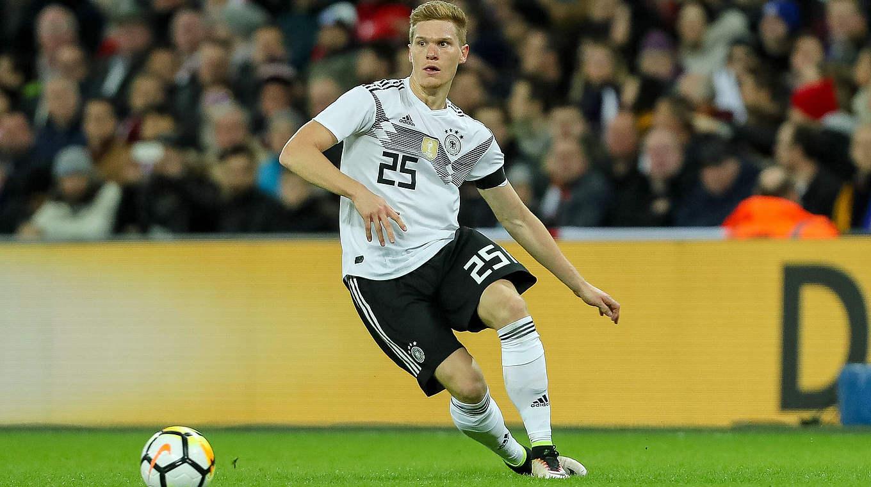 Opção do técnico Joachim Löw para a lateral esquerda da seleção alemã a167698c8173e