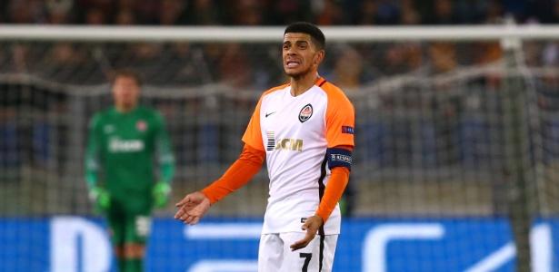 É isso mesmo  o atacante convocado por Tite para os amistosos contra Rússia  e Alemanha e candidato real a uma das 23 vagas da seleção brasileira para a  Copa ... 5f80449e219