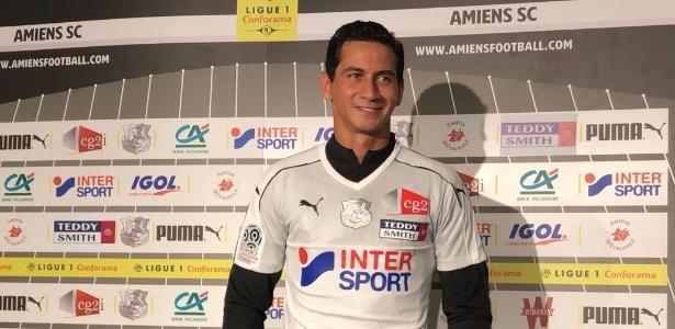Mas só o fato de ele já ter conquistado a titularidade do modesto Amiens e  dado assistência para gol é uma grande ... ddee6c50a3742