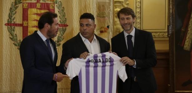 Valderrama e longa seca  conheça o time que Ronaldo comprou Espanha ... def3321c1cb03