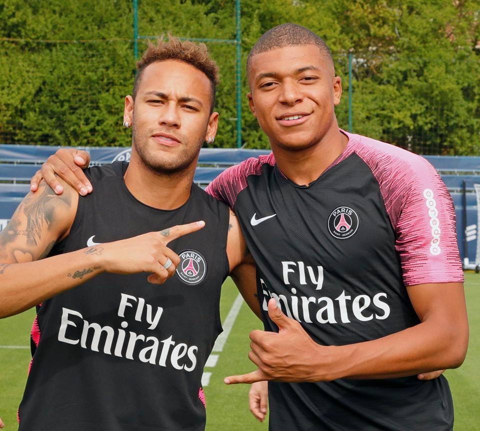 a20cbad920a64 Quem está melhor no PSG  Neymar ou Mbappé  Compare as estatísticas ...