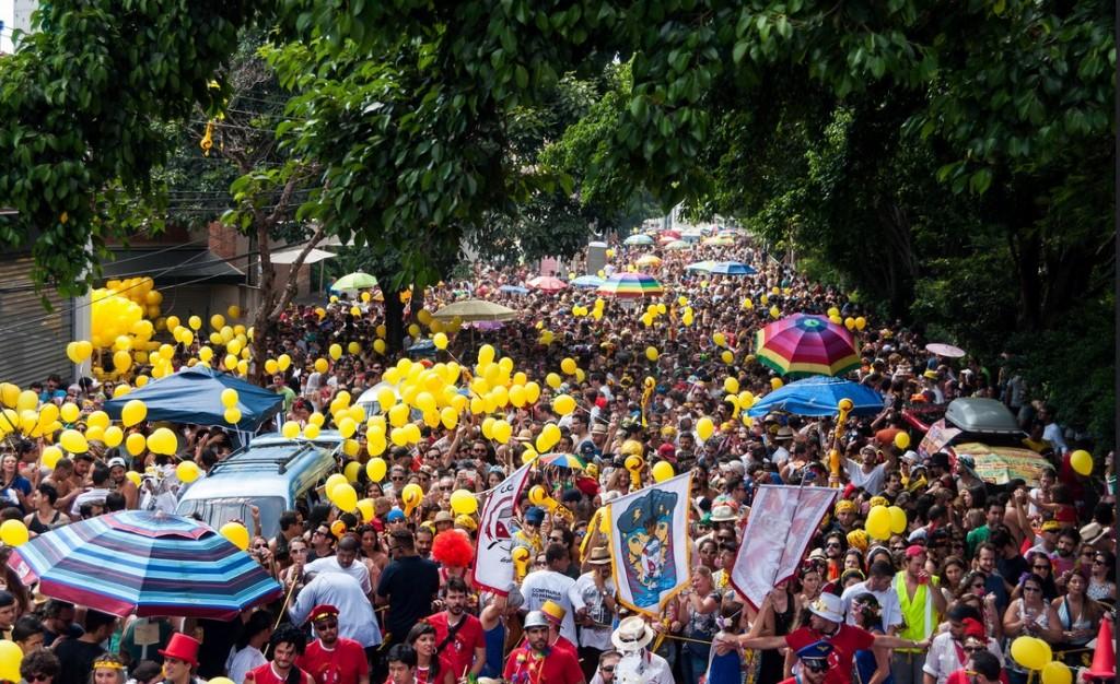 Balões coloridos são permitidos em desfile, mas sem marca do patrocinador. Foto: Divulgação