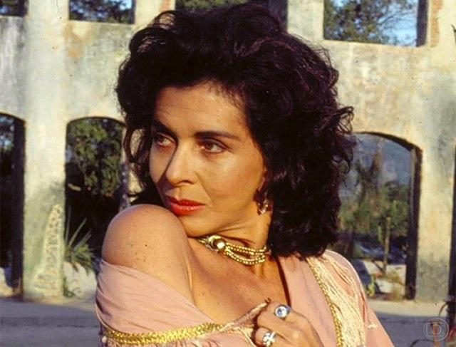 Bloco Tarada sonha com atriz Betty Faria, intérprete de Tieta, em trio elétrico. Foto: Reprodução