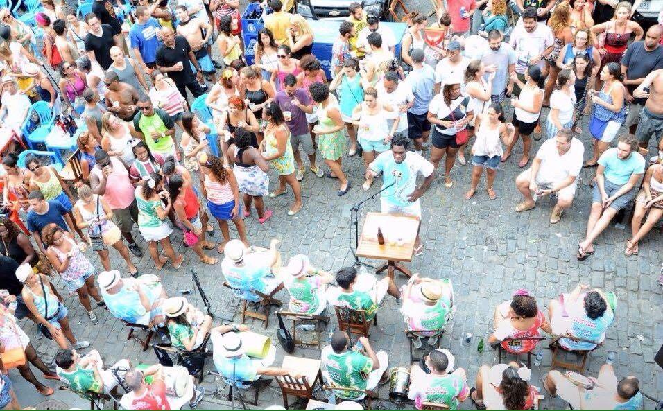 Chinelo de Dedo: roda de samba tem 50 percussionistas. Foto: Cris Vicente/Divulgação