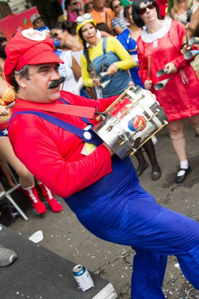 Mario Bros, heróis e vilões desfilam no Desliga da Justiça, sábado (23), no Baixo Gávea. Foto: reprodução