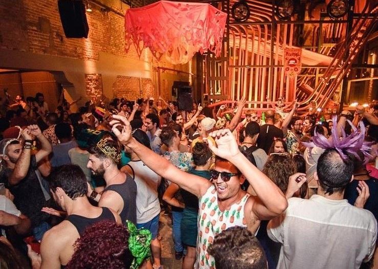 Pilantragi se une ao Bloco Chame o Síndico em Baile no Audio Club. no sábado (16).