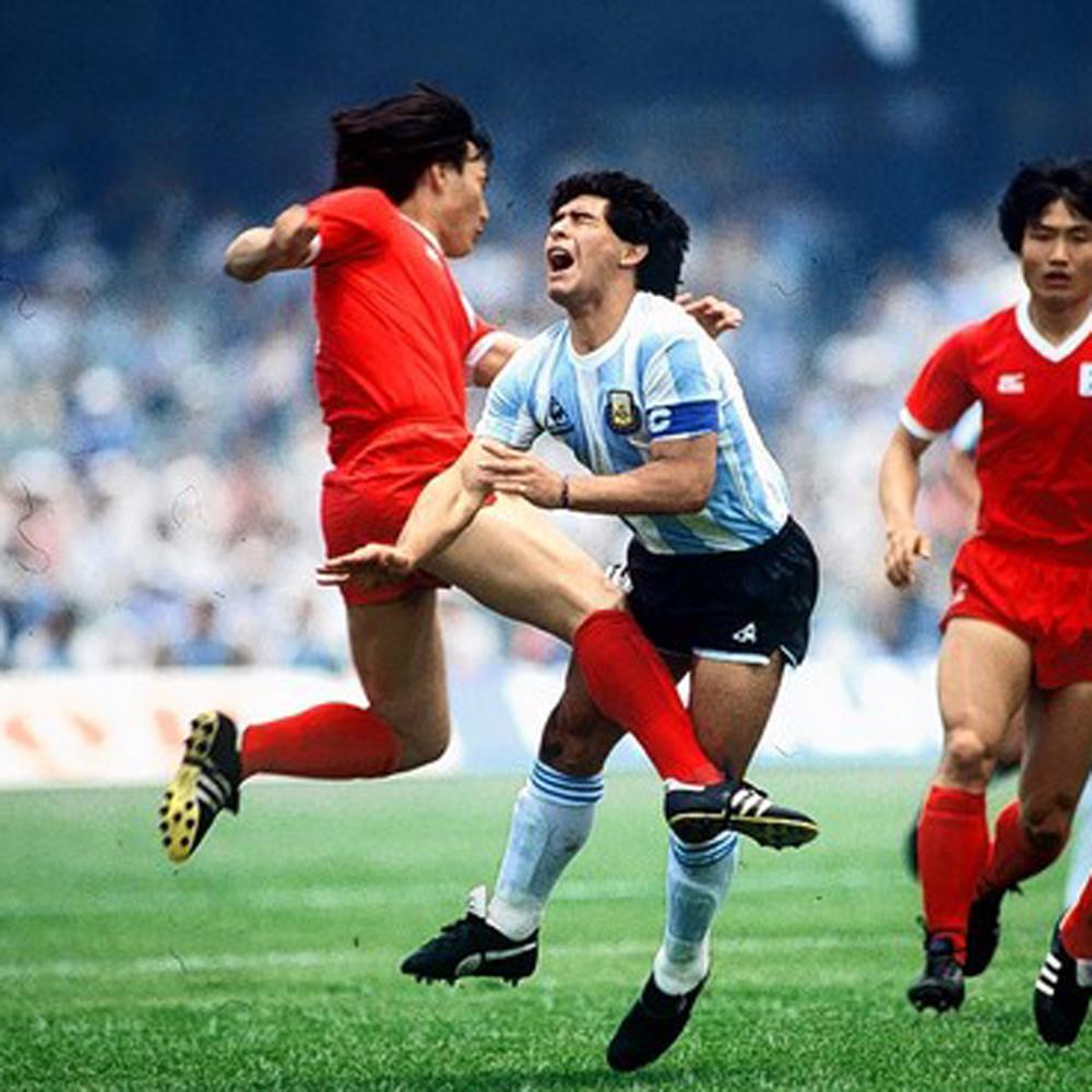 Maradona fez  Gol do Século  machucado e7907f20491ad