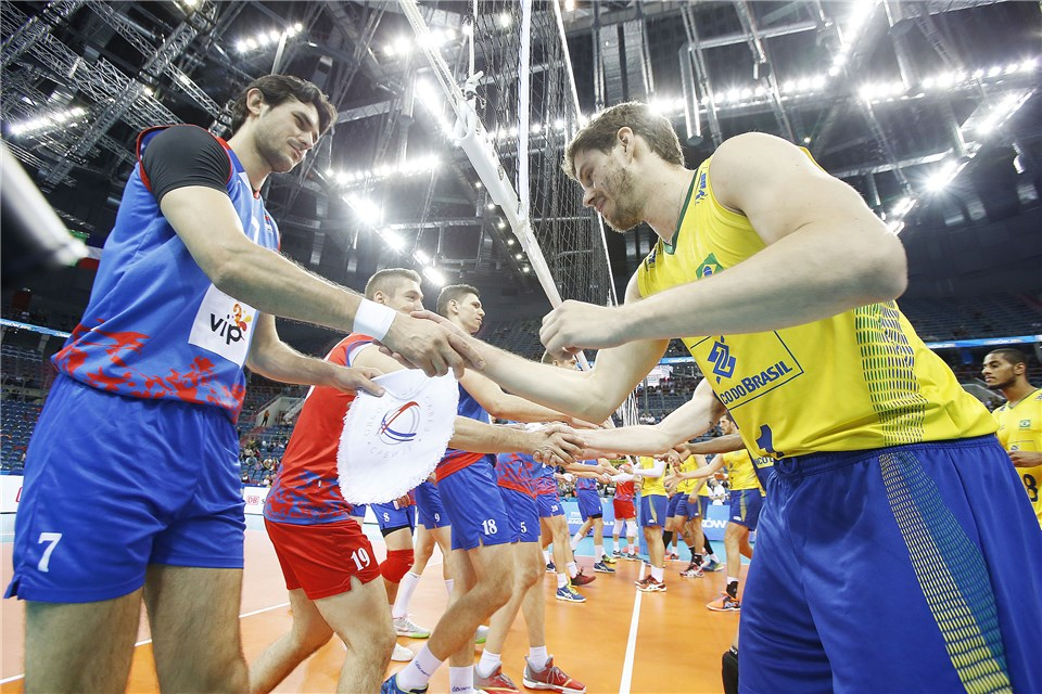 Os sérvios, pelo título, e os brasileiros, pela evolução, terminam a semana (e a Liga Mundial) em alta (fotos: FIVB)
