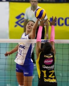 Anne Bujis foi o grande reforço do Rexona para a temporada
