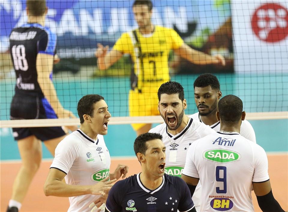 Vitória sobre Zenit garantiu liderança do grupo ao Cruzeiro (fotos: FIVB)