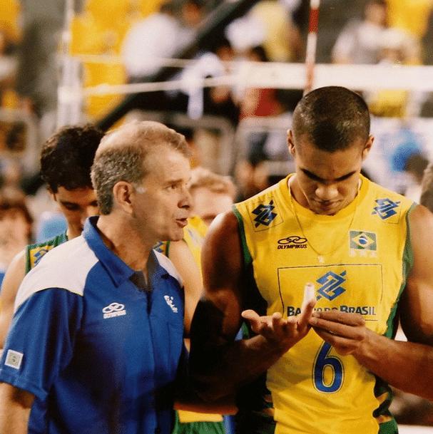 Prata olímpica em 2008, Samuel recusou convocação de Bernardinho em 2015 por achar que não teria condições físicas (Foto: Divulgação/FIVB)