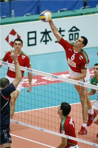 Kaziyski em ação contra EUA, durante o mundial 2006