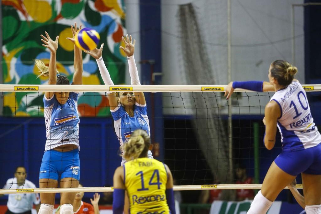 Bloqueio do Minas, que é o melhor da Superliga, foi praticamente ignorado pelas atacantes do time carioca