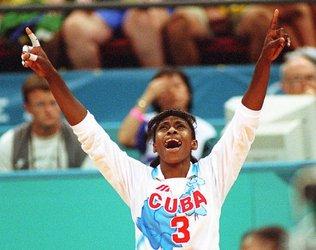 Cuba, de Mireya Luis, frustrou a torcida brasileira no Mundial de 1994 (foto: reprodução/internet)
