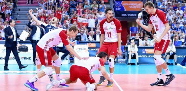 Fim da novela  belga é o novo técnico da Polônia - 20 02 2007 - UOL Esporte 0d042ef2e3bd6