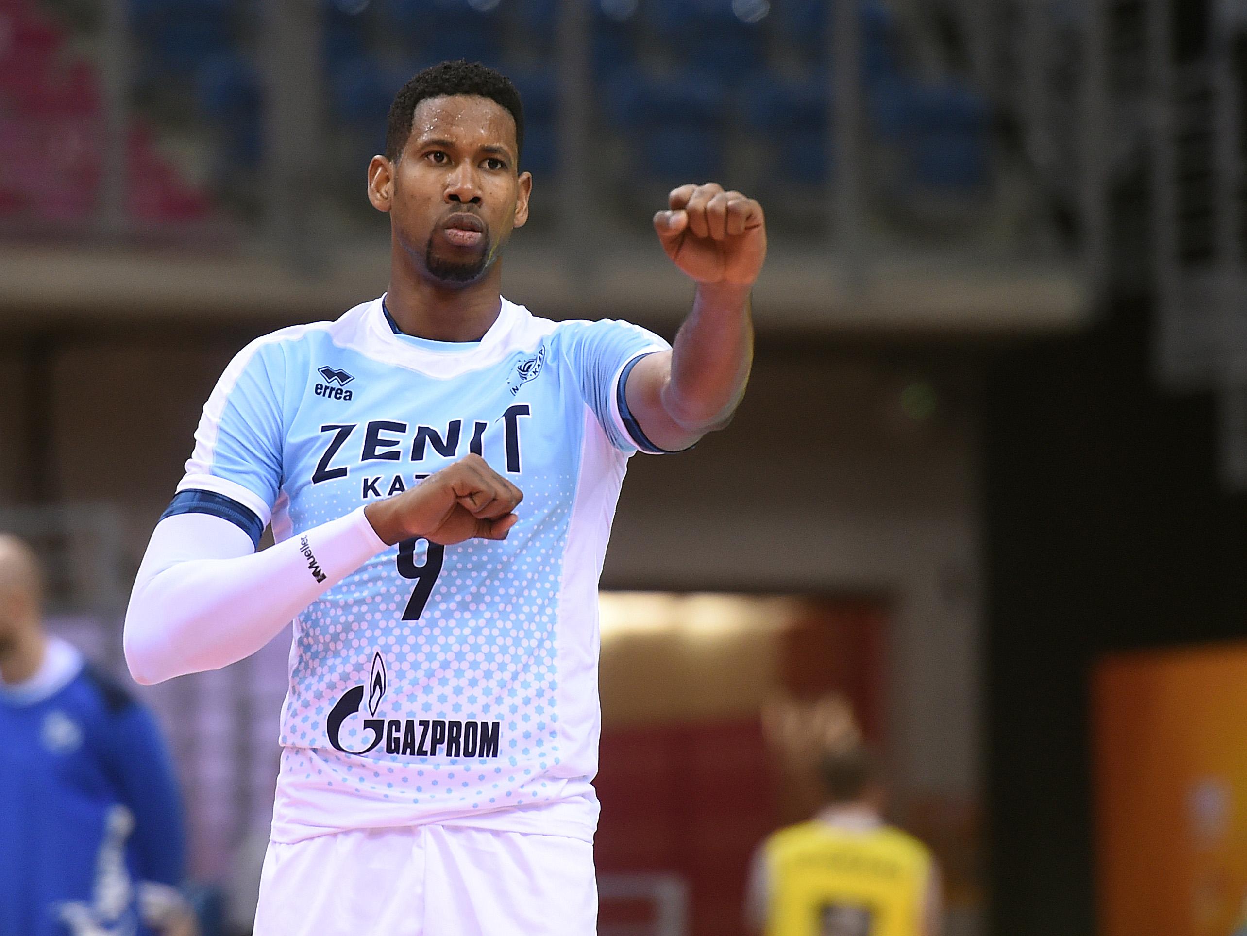 f4394538cbb7c León ganhou todos os títulos possíveis enquanto atuava pelo russo Zenit  Kazan (Foto  Divulgação FIVB)
