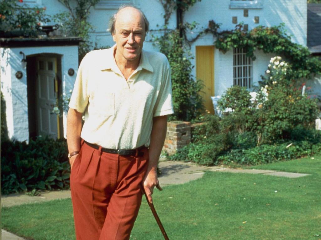 O escritor Roald Dahl