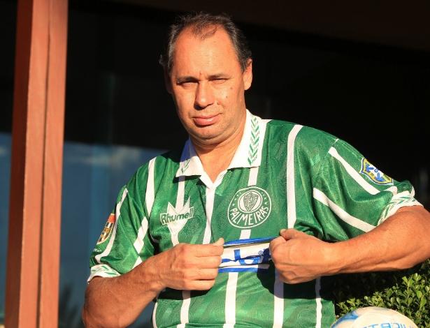 diadacamisavelha  A polêmica marca que vestiu o Palmeiras campeão ... 0562d8eb48875