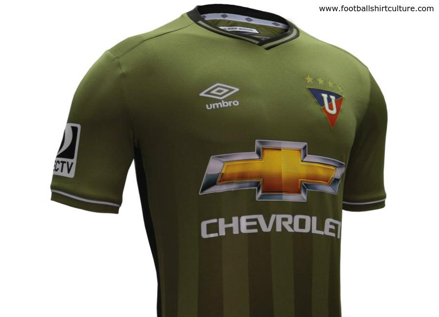 Camisa de time da Costa Rica é eleita mais bonita do mundo ... f4db5a464964f
