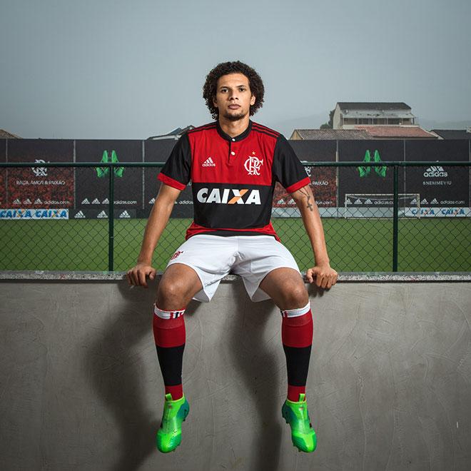 Conheça a nova camisa do Flamengo 5e02aff0e761c