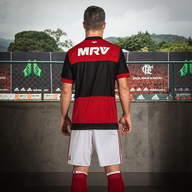 ffa0c9aa31 Conheça a nova camisa do Flamengo, inspirada nos uniformes dos anos ...