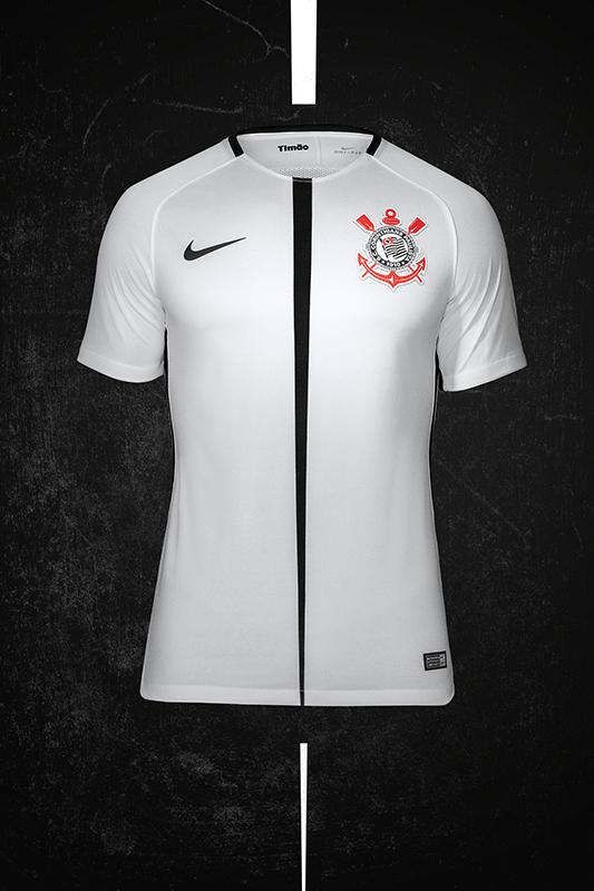 O Corinthians lançou seu novo uniforme neste domingo. A camisa tem  inspiração em São Jorge 9979f2c8dc948