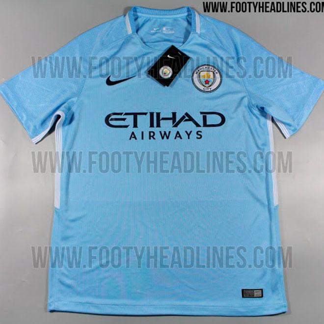 Nova camisa do Manchester City vaza na internet. Manga clara é ... 029d8bcf5c353