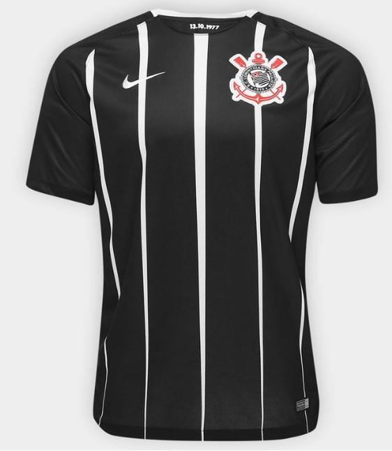 df156023a7 Uma decisão comercial da Nike em relação ao novo uniforme do Corinthians tem  sido alvo críticas de torcedoras do clube nos últimos dias.