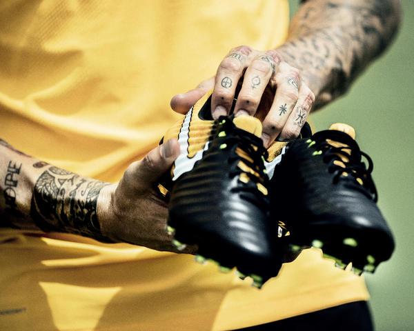 """Nike coloca tecnologia """"da botinha"""" em sua chuteira trintona - 20 06 ... e47b90448cea8"""