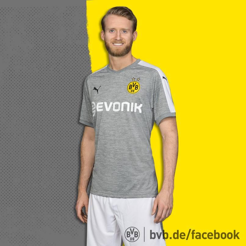 Borussia Dortmund inova em design de terceira camisa - 20 07 2003 ... a864ee3333d39