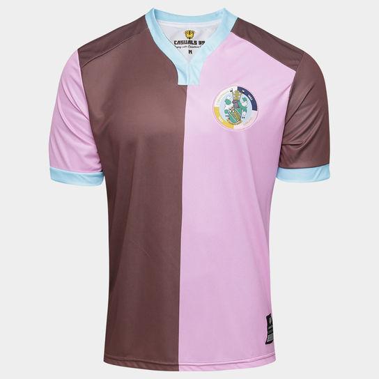 4a48b078dfaa4 Camisa de time de várzea inglês que inspirou o Corinthians agora é vendida  no Brasil